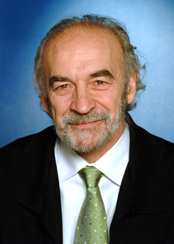 Dr Jacques-Yves Montplaisir
